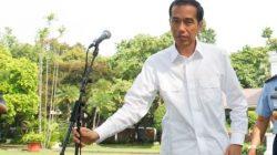 Konferensi-Pers-Pertama-Presiden-Jokowi1