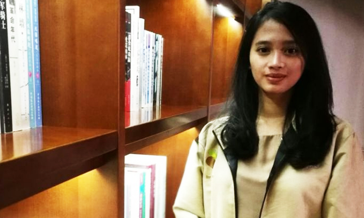 Aini Novianty, Mahasiswi jurusan Informatika Universitas Padjajaran [Foto: Fabian Januarius Kuwado/Kompas]