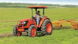 penggunaan traktor di jepang