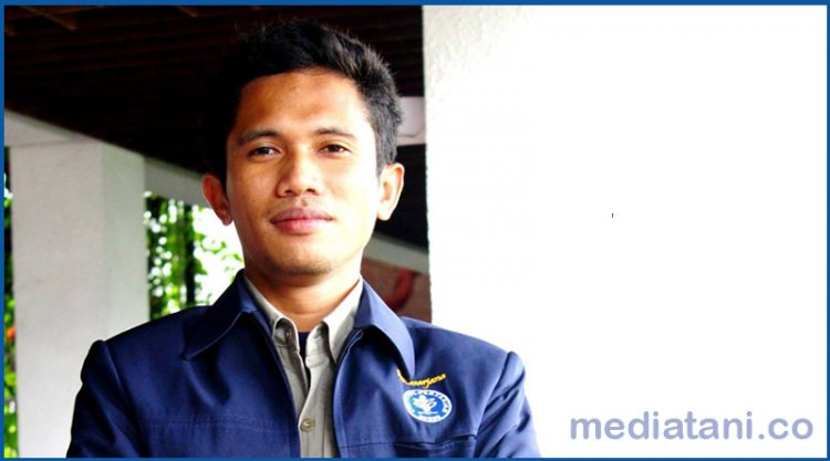 Rismunandar, Peneliti Lingkungan Hidup. Mahasiswa Pascasarjana IPB asal NTB.
