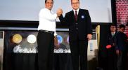 Menteri Pertanian Andi Amran Sulaiman bersama Rektor IPB Arif Satria dalam Penyambutan Mahasiswa Baru IPB, di Gedung GWW-IPB, Bogor, 14/8/2018