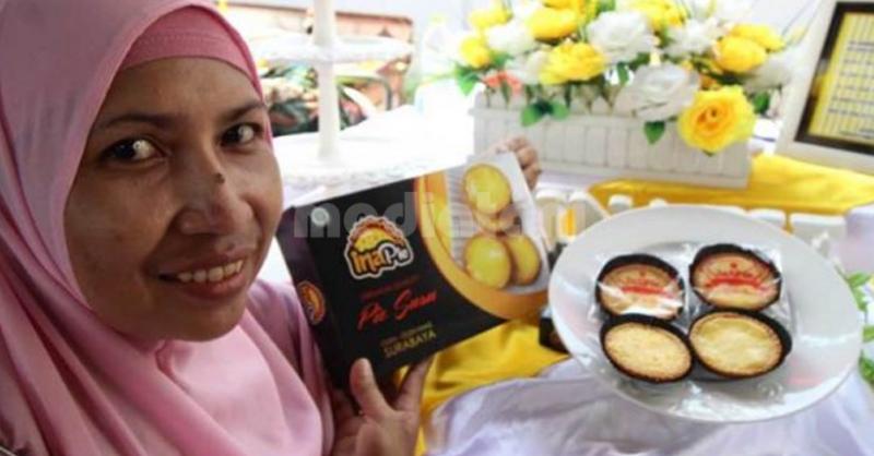 Ina Pie ikan tuna asap pada pameran 12th Agrinex 2018 di JCC Senayan, Jakarta (7/9).