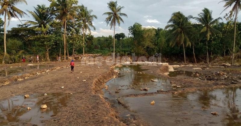 Contoh degradasi tanah