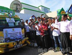 Menteri Pertanian Bantu Korban Banjir di Tujuh Kabupaten Sulsel
