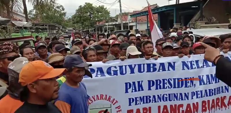 Unjuk rasa nelayan di KSOP Patimban
