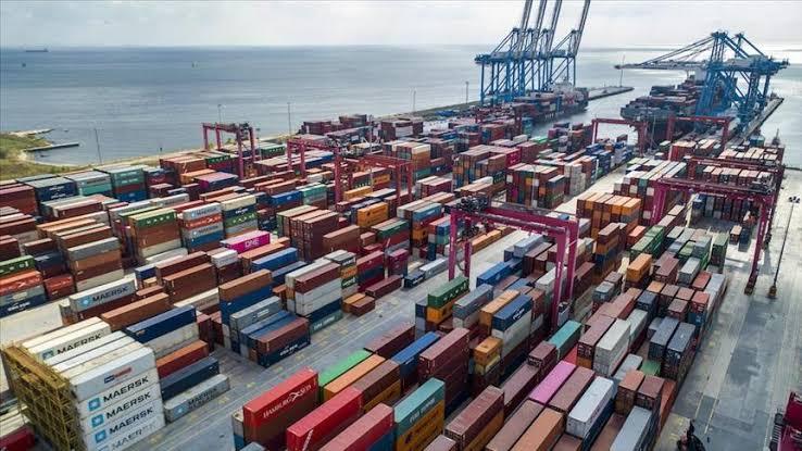 Ilustrasi: Peti kemas pelabuhan