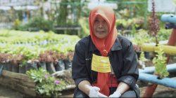 Ratna Juliyanti, Ketua Kelompok Wanita Tani (KWT) Binama, (YouTube Kementerian Pertanian).