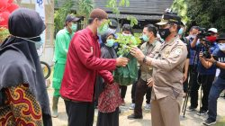 Menteri Pertanian (Mentan) Syahrul Yasin Limpo mengunjungi perkebunan hidroponik swasta  di Babakan Madang, Bogor, Jawa Barat, (Minggu, 18 Oktober 2020).