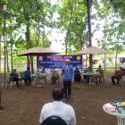 Bupati Bonebol Hamim Pou pada kegiatan Ngobras (ngobrol asyik) bersama para petani dan peternak se kabupaten Bone Bolango, Senin (18/1/2021)/hulondalo.id/ist