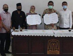 TPHT Politeknik Indonesia Venezuela-Balai Pembibitan Ternak MoU Kembangkan Sapi Aceh & Pakan Hijauan