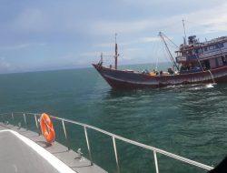 Tidak Tertib, KKP Amankan Empat Kapal Cantrang di Selat Makassar