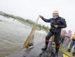 Ridwan Kamil Juga Butuh Milenial untuk Budidaya Ikan dan Udang