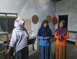 Fapet UGM Bantu Istri Peternak Sapi Pacitan Buat Olahan Susu Empon-empon
