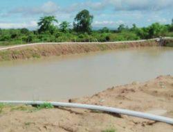 Kementan Bantu Petani Maluku Tengah Bangun Embung Cegah Krisis Air