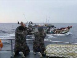 Buru Teripang di Natuna, Dua Kapal Ikan Asal Vietnam Ini Dilumpuhkan KKP