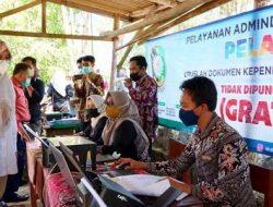 Pemkab Banyuwangi Hadirkan Camping untuk Masyarakat Kebun, Ada Layanan Kesehatan Tenak