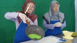 Pelatihan pembuatan mochi rumput laut