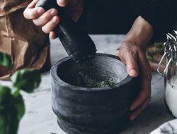 Yang Harus Diketahui Sebelum Mengonsumsi Tanaman Herbal