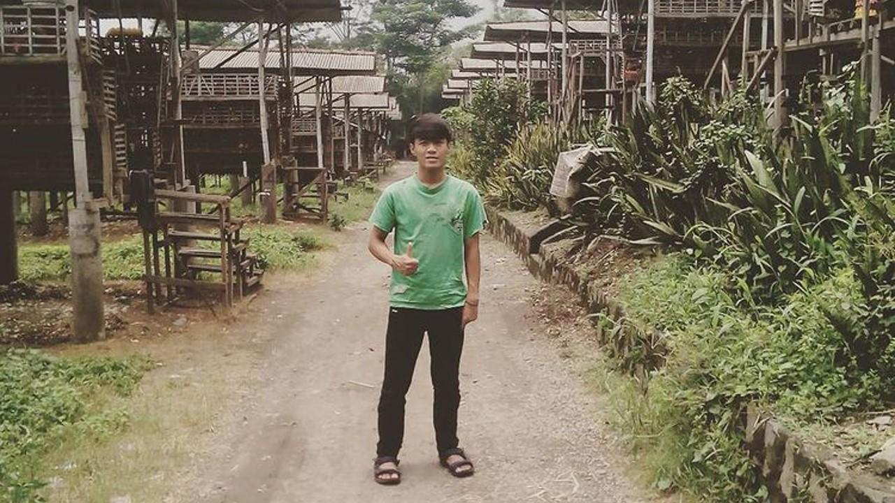 Rahmat, Pendiri dan Pemilik Rahmat Pullet Farm