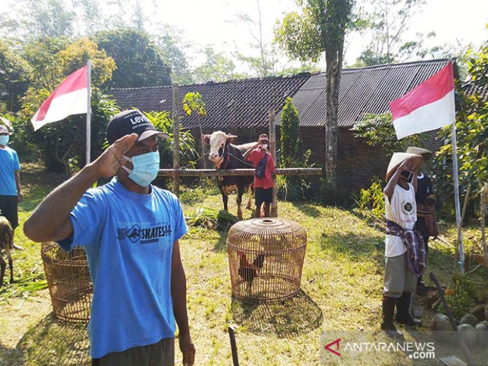 Cara Unik Warga Pedesaan di Magelang Memperingati HUT ke-76 RI (Foto: Antara)