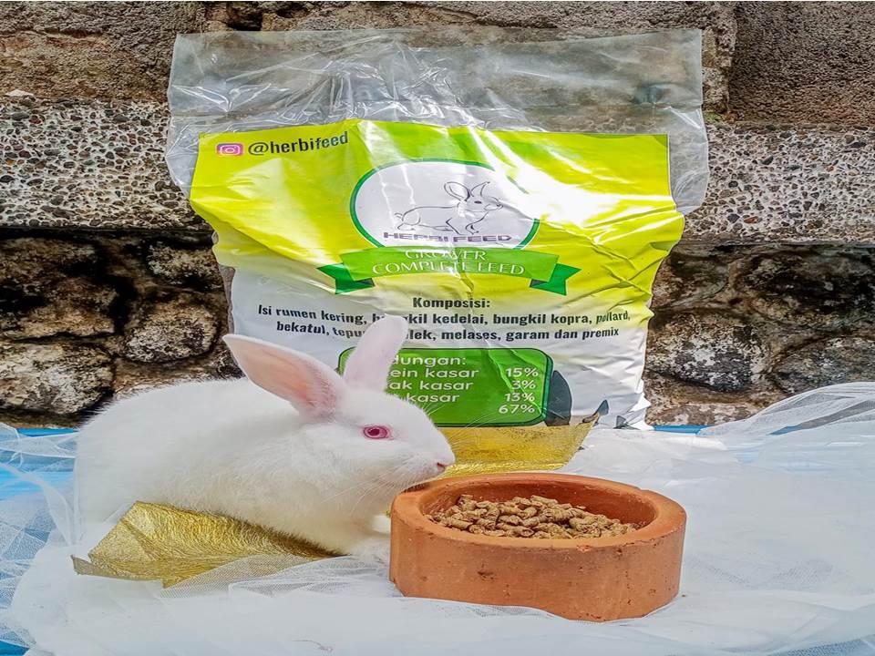 Herbi Feed, pellet untuk ternak kelinci