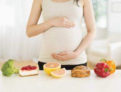 Mengenal 8 Jenis Buah yang Dilarang untuk Ibu Hamil